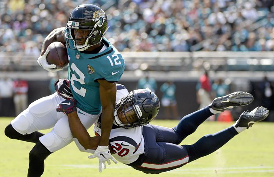 Jacksonville Jaguars Make Teal Jerseys Primary Uniform Option