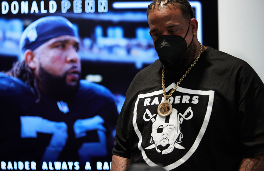 Penn Retires, Wears Shirt with his Face on Raiders Logo