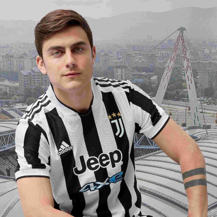 Juventus Celebrate Stadium with 2021-22 Home Jersey