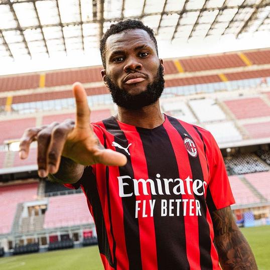 AC Milan Unveils 2021-22 Home Jersey